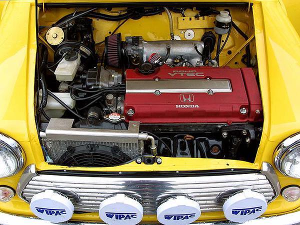 0503_05z+Mini_MkIV+Underhood_Vtec_Engine.jpg