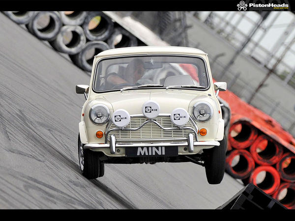 Mini stunt.jpeg